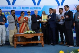 Dr Pappachan Recieves Alumni Award